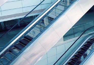 自动扶梯与人行道